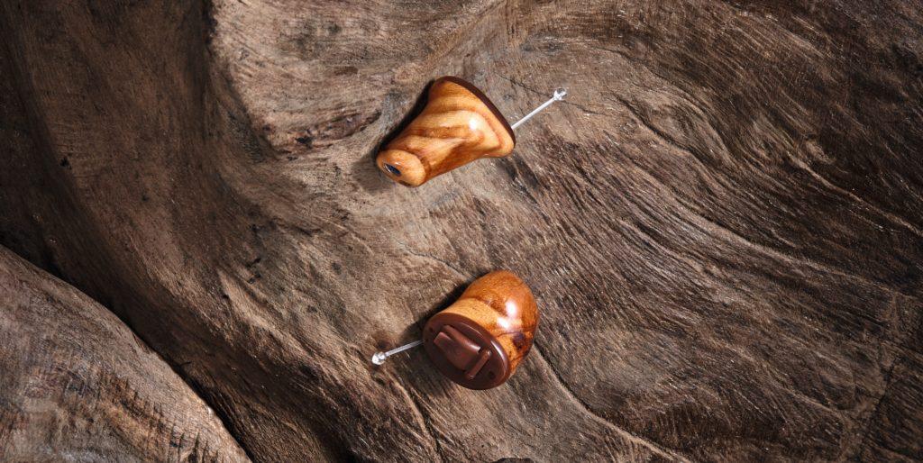 Kleine Im-Ohr-Geräte handgefertigt aus Deutschland!